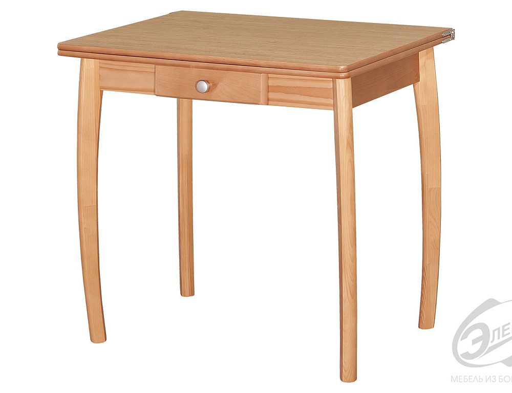 Kichen and dinner tables